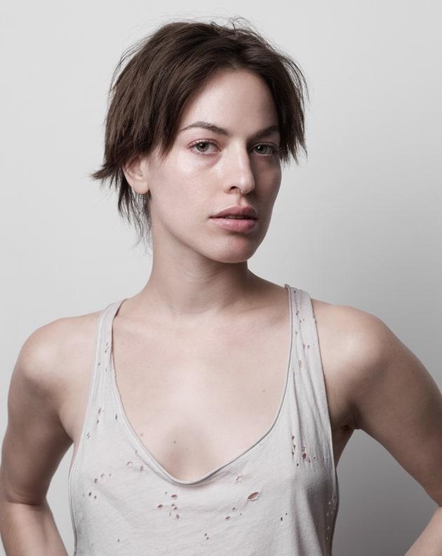 Hannah-Vandermolen-Robin-Black-Beauty-Is-Boring-Outtakes02